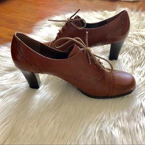 etienne aigner vintage heels